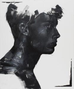 F004 (2020) - Izabela Lewkowicz - Czarny portret młodego mężczyzny na białym tle