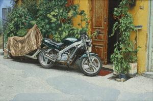 kreta - chania - uliczka z dwoma motocyklami - hiperrealizm, motocykl, uliczka