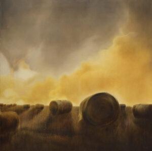 po bitwie - Jolanta Haluch - pejzaż, pole, rolki siana na polu, pochmurne niebo, pomarańczowo-żółte chmury