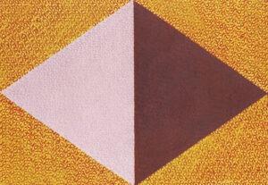moc - Andrzej Zujewicz - abstrakcja, różowo-bordowy romb, żółte tło