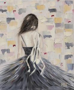 Yulia Gurzhiyants - Czarny łabędź, 2021 - sylwetka baletnicy w czarnej sukni na jasnym tle